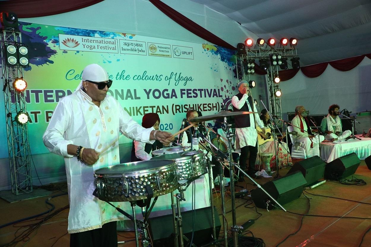 hafla concert sivamaniji